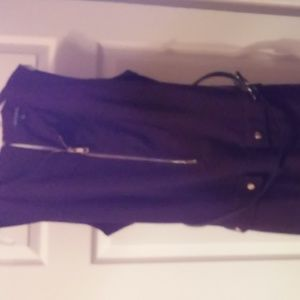 Sleeveless dress for sale (never worn)
